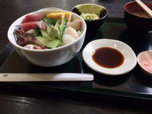 食堂福4月海鮮丼1